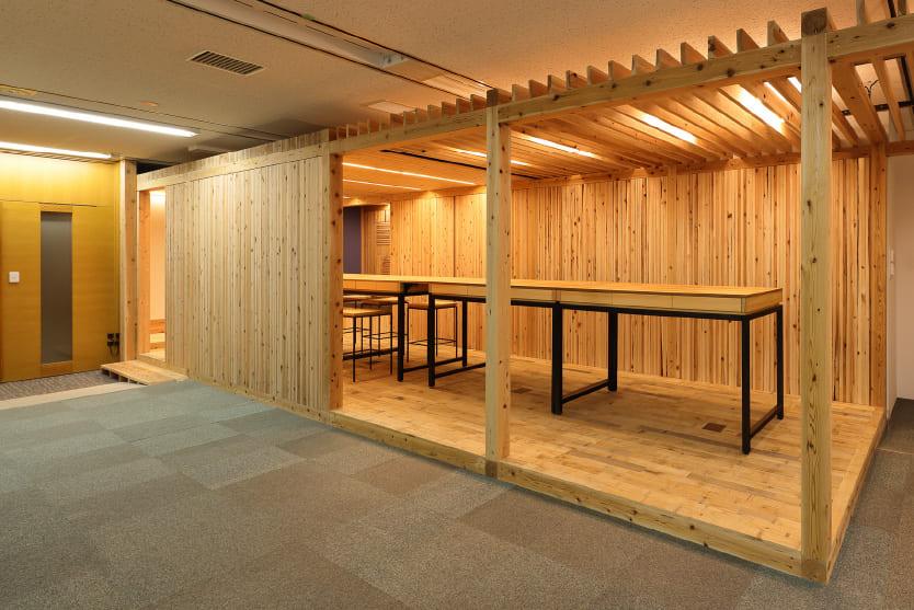 オフィス内オープンスペース(DLTブース)
